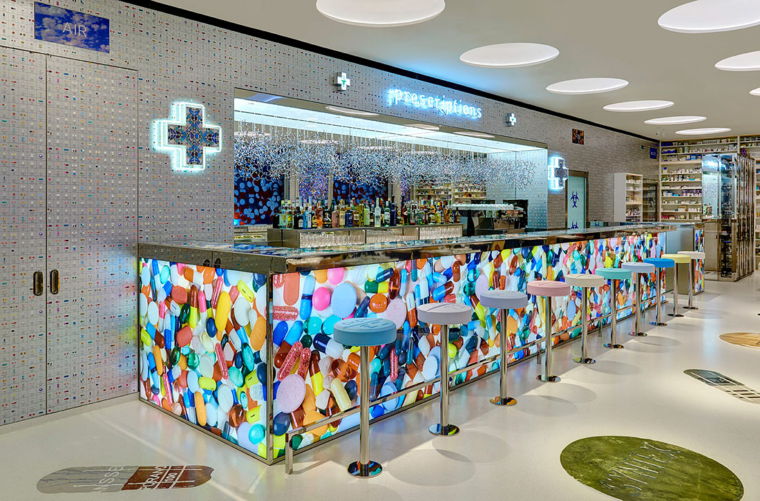 Pharmacy 2 por Damien Hirst
